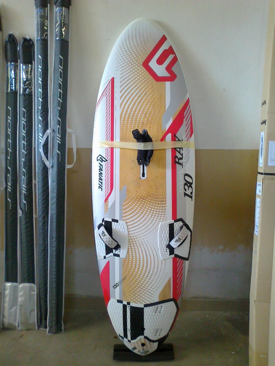 Windsurf materiale vario tavole vele boma alberi surfmercato - Tavole da windsurf usate ...