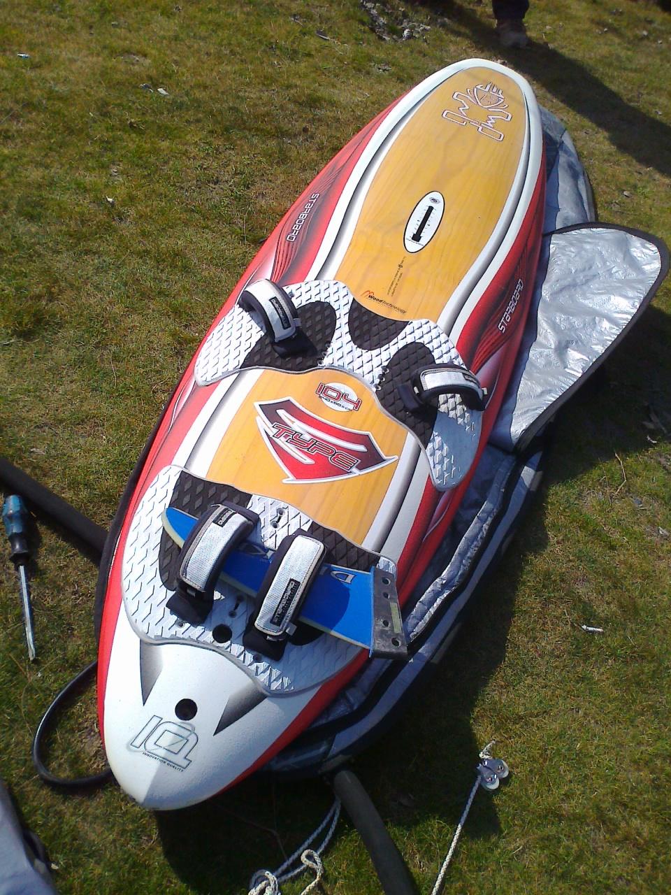 Windsurf starboard s type 104lt e drops stubby 110lt surfmercato - Tavole da windsurf usate ...