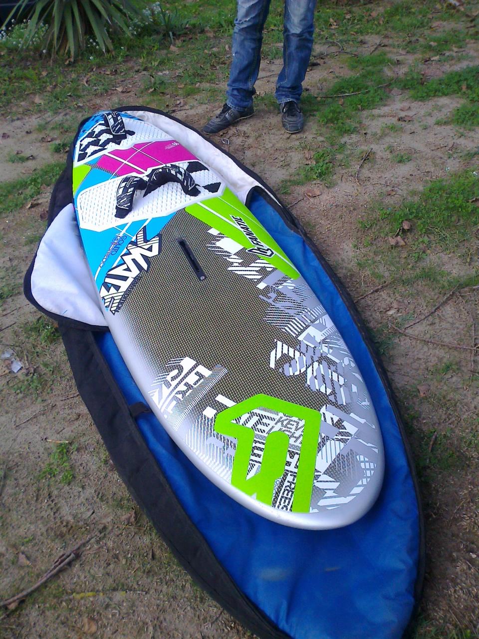 Windsurf tavole alberi e boma marche svuoto tutto surfmercato - Tavole da windsurf usate ...