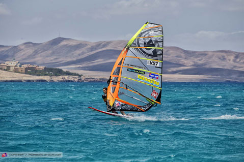 fv14_sl_skye_cruising.jpg